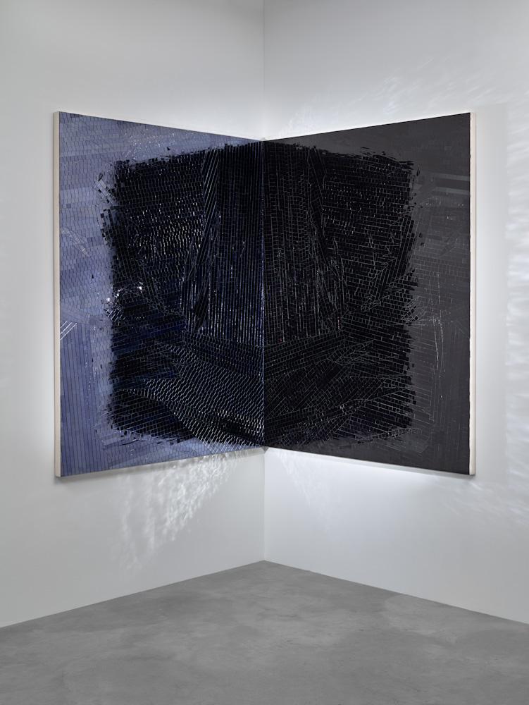 Jim Hodges, Untitled (Shadow light purple/black)
