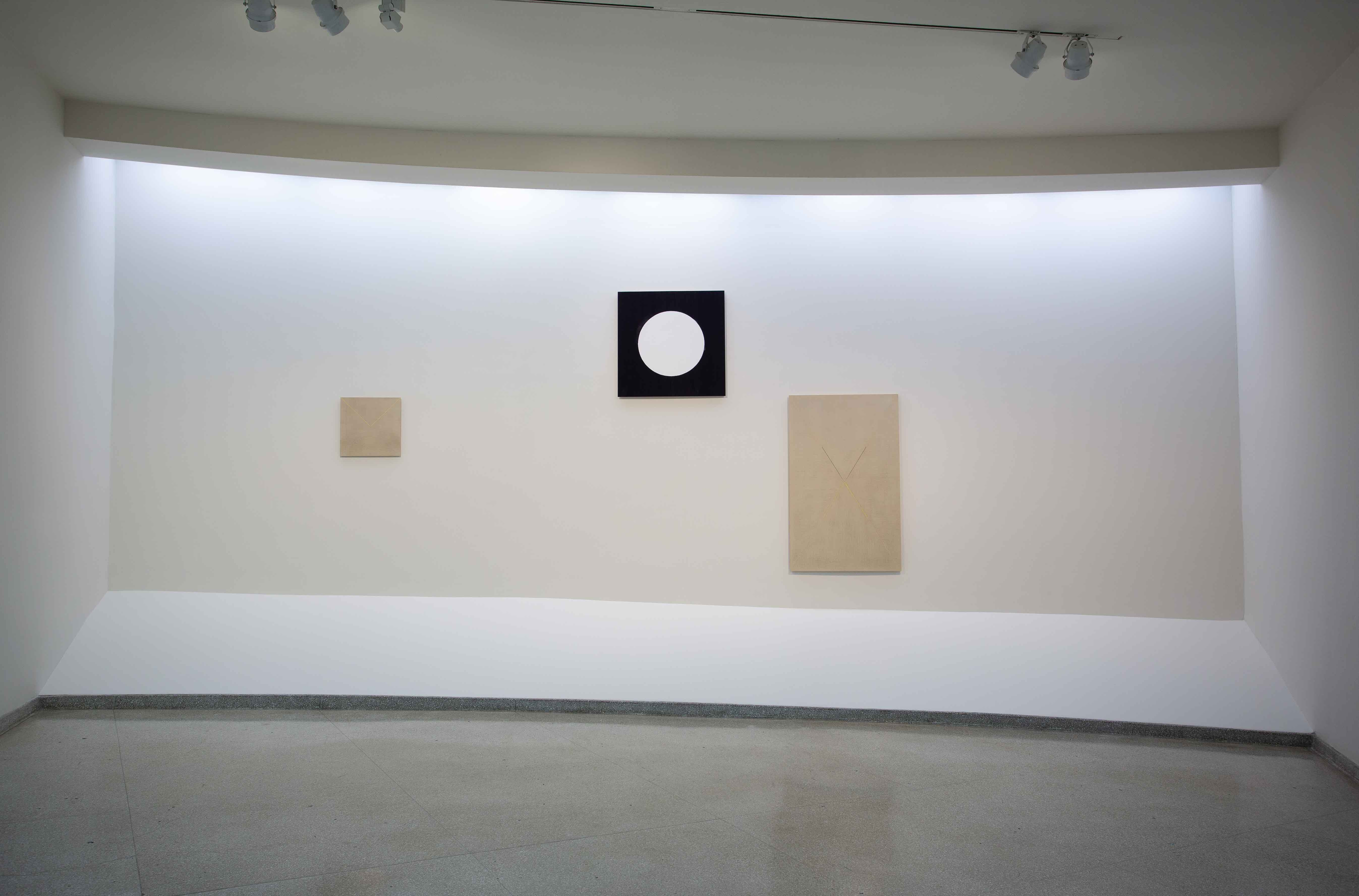 R. H. Quaytman, Installation View: R. H. Quaytman: + x, Chapter 34