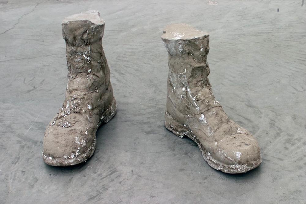 Sarah Lucas, Concrete Boots