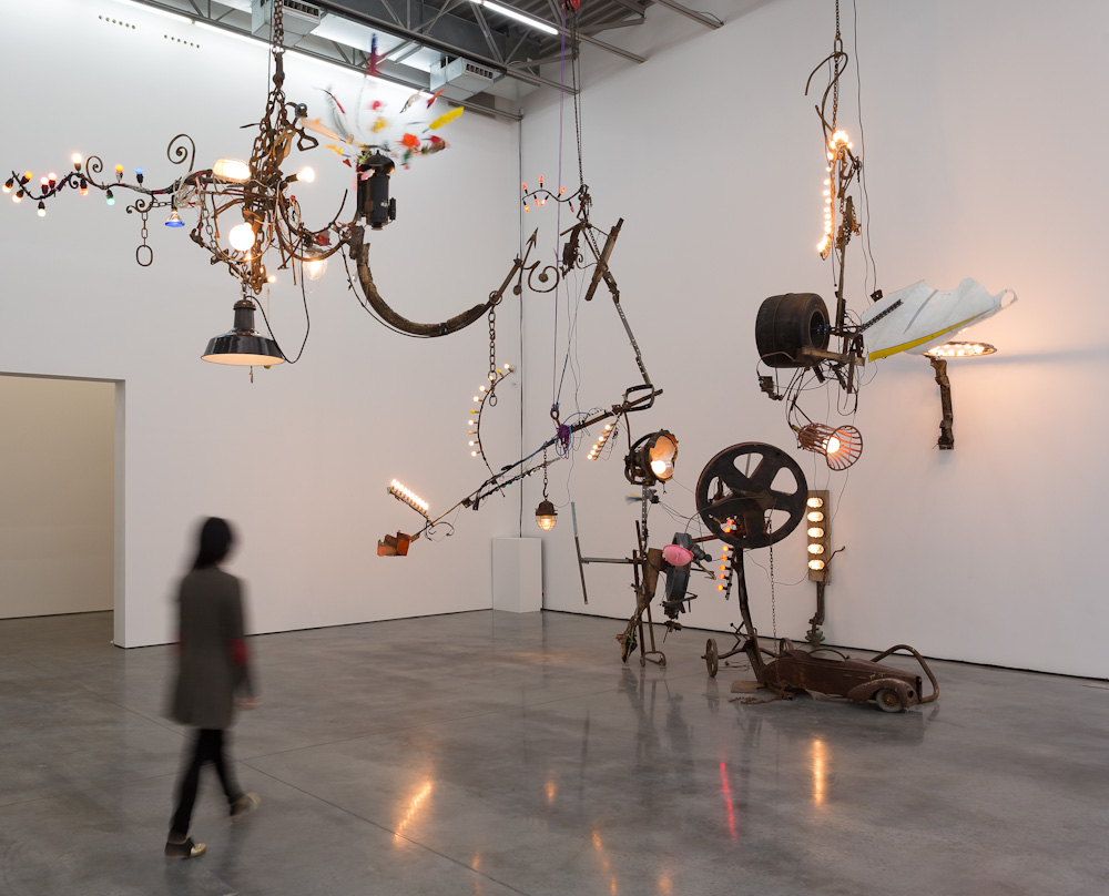 Jean Tinguely , Installation view