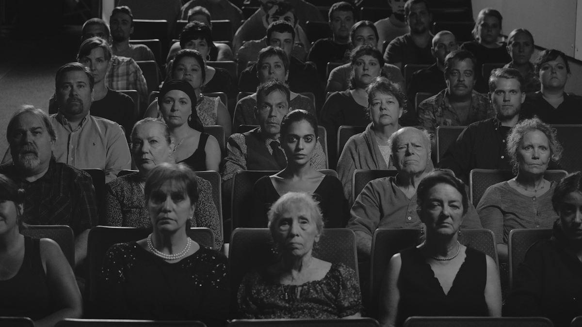 Shirin Neshat, Roja