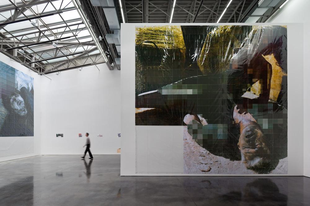 Thomas Hirschhorn, Installation view