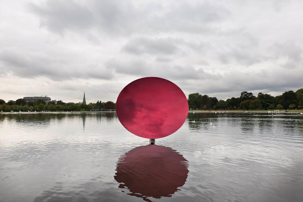 Anish Kapoor, Sky Mirror, Red